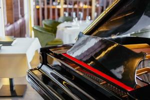 Restoran LANGUST Piano evening