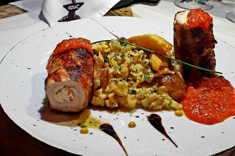 Rolovana piletina u slanini